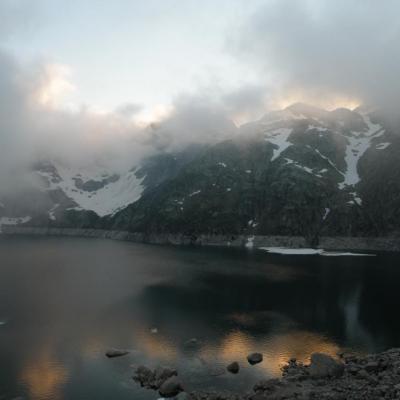 Reflets dans le lac de Migouélou